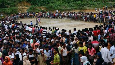 Myanmar Buddhists stop aid for Rohingya Muslims