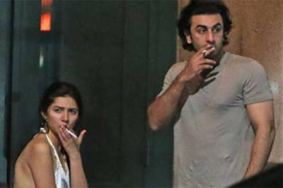 Mahira Khan clicked dating Ranbir Kapoor