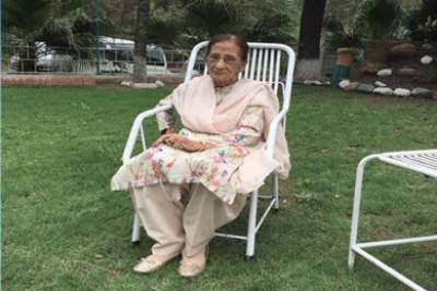Fatima Sughra: Daughter of soil who replaced Union Jack with her green Dupata at Civil Secretariat Lahore dies