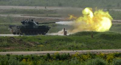 India unleashes plan to deploy light battle tanks on Chinese Borders