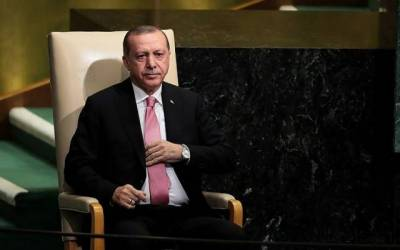 Tayyip Erdogan threatens military intervention in Iraq