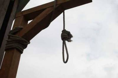 THREE TERRORISTS CONVICTED BY MILITARY COURTS EXECUTED