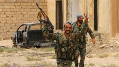 Syria's Army encircle the ISIS in Dayr Al Zawr