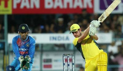 Australia beats India by 8 wickets at home ground