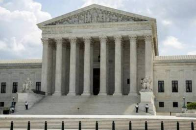 US Supreme Court dismisses cases concerning President Trump's ban on visitors from Muslim countries