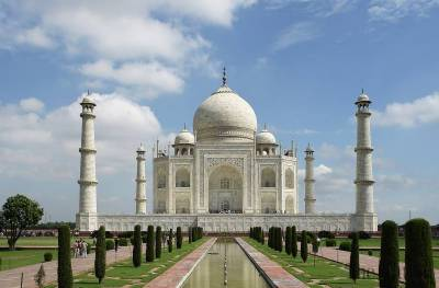 BJP leader wants to remove Taj Mahal from Indian history as it reminds him of Muslim rule of India