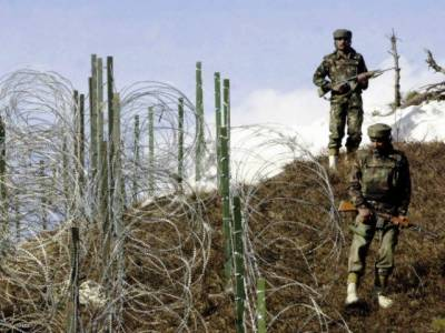 Heavy Indian shelling at LoC hits 8 Pakistanis
