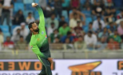 Mohammad Hafeez in trouble