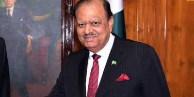 President Mamnoon Hussain blasts PML-N government four years performance in his explosive speech