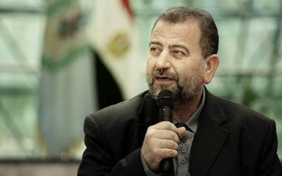 Hamas's deputy leader reiterates movement wouldn't be forced to give up armed wing
