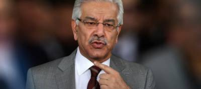 """There is """"huge trust deficit"""" between Pakistan and US: Kh Asif"""