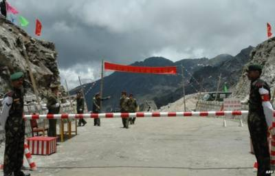 India unveils plan to build tunnels along Chinese border provoking China