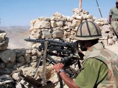 Pakistan Army gunned down 10 terrorists at Pak Afghan border