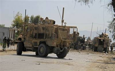 Four US soldiers hit in Afghanistan by Afghan Taliban suicide attack