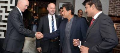 Imran asks Europe to support developing countries in war against corruption