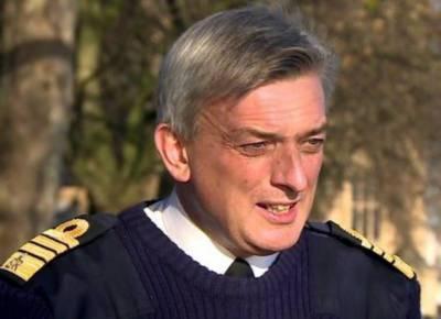 Pakistan - British Naval Chiefs discuss bilateral cooperation
