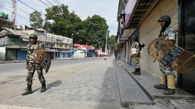 Complete shutdown in occupied Kashmir against Indian Army operations