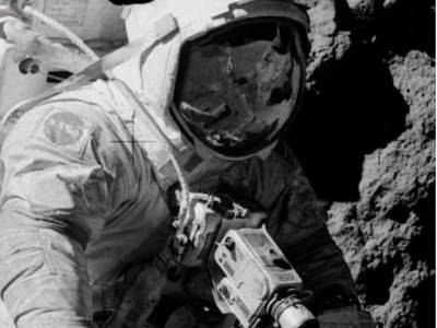 Was US Apollo mission on human moon landing was fake