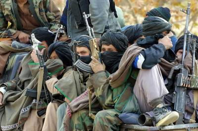 Afghan Taliban threats causing families to withdraw their sons from Afghanistan army