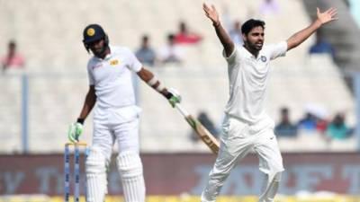 Cricket: India declare on 352-8, set Sri Lanka 231 to win