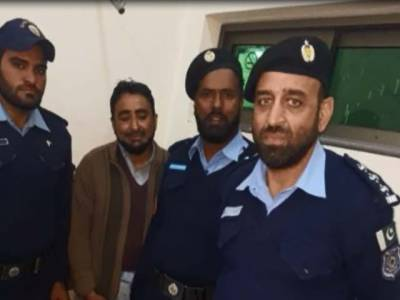 Islamabad Police arrests man with explosives, detonators near Dharna site