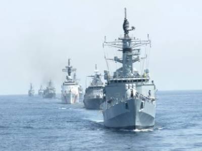Pakistan Navy impressive power show in Arabian Sea