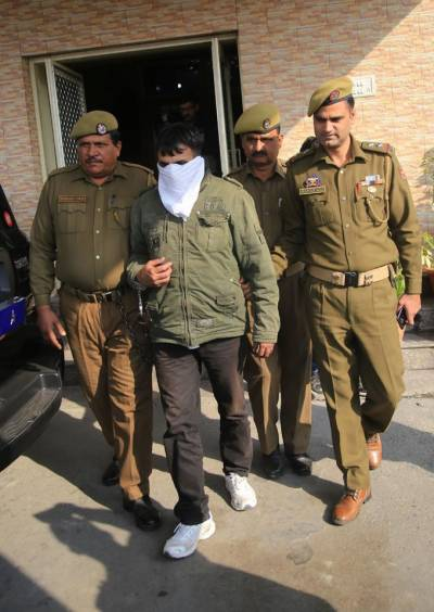 Indian Army official arrested in Occupied Kashmir with Heroine worth Rs 40 crore
