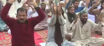 Tehreek Labaik Jalai group sit-in continues on fifth day in Lahore