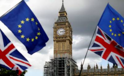 Britain 'very close' to agreeing Brexit bill