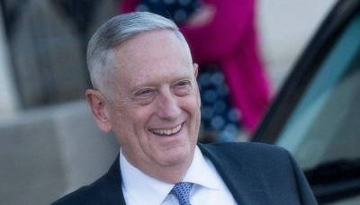 Mattis arrives on one-day visit, received by ministry officials