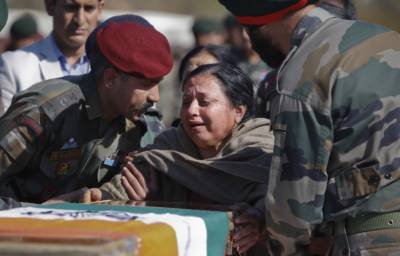 Indian govt caps educational aid to killed soldiers' kids: Military seeks reversal of order