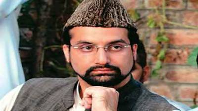 India suppressing freedom struggle through force: Mirwaiz