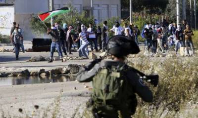 Israeli forces play havoc upon protesting Palestinians