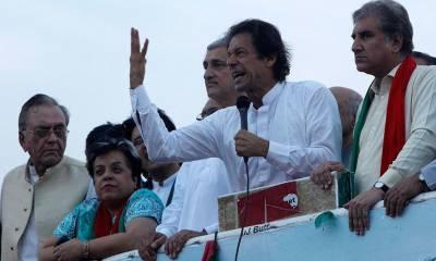 Imran Khan hits out hard at government in Sheikhupura Jalsa