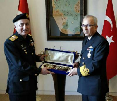 Pakistan Turkish Navies to enhance bilateral ties