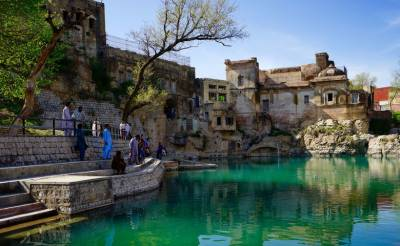Katas Raj Temple suo moto case: Supreme Court annoyed at government