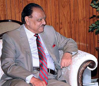 Road infrastructure under CPEC to be completed soon: President
