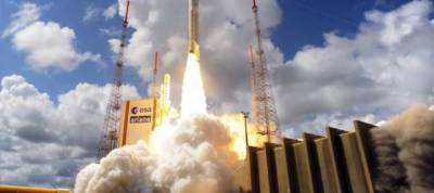 Ariane 5 rocket puts European GPS satellites into orbit