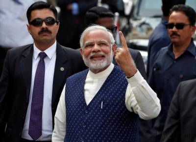 Indian PM Modi's ruling party poised to sweep Gujarat elections