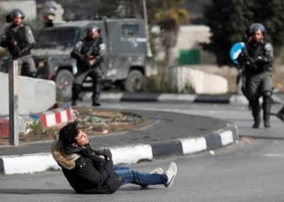 Israeli Army shot 40 Palestinians in West Bank, Gaza