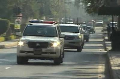 Imran Khan's convoy attacked, bullets fired at vehicles