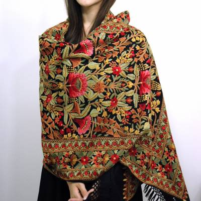 Colourful warm 'Kashmiri shawls' countinue to attract female customers: Report