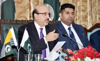 Masood urges world to see Kashmir dispute in context of HR