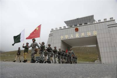 Pakistan China vow to fight together all conspiracies against CPEC