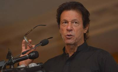 Sharifs can fly anywhere but this time no NRO, warns Imran Khan