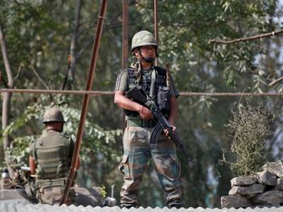 Indian Army two soldiers killed at LoC in crossfire