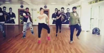 Sania Mirza takes dancing classes