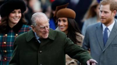 Prince Philip makes fun of a beard man saying,