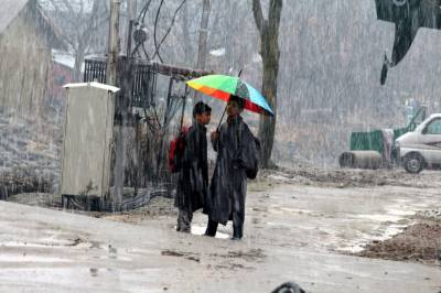Two to three rain, snow spells in plain areas