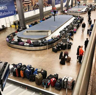 U.S. airport immigration computers go down temporarily: agency
